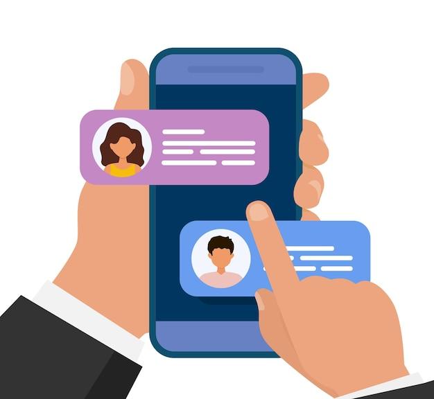 Mani che tengono il cellulare con i messaggi. ragazzo e ragazza che chiacchierano nell'app mobile. design piatto.