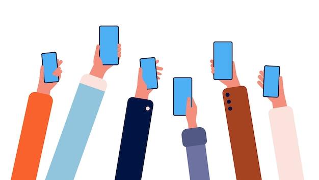 Mani con i telefoni. molte persone che tengono gli smartphone in mano si affollano con il vettore di amicizia in linea della connessione internet dei gadget. gadget smartphone illustrazione in mano umana
