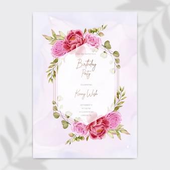 Carta di invito festa di buon compleanno con cornice di fiori e foglie di rosa