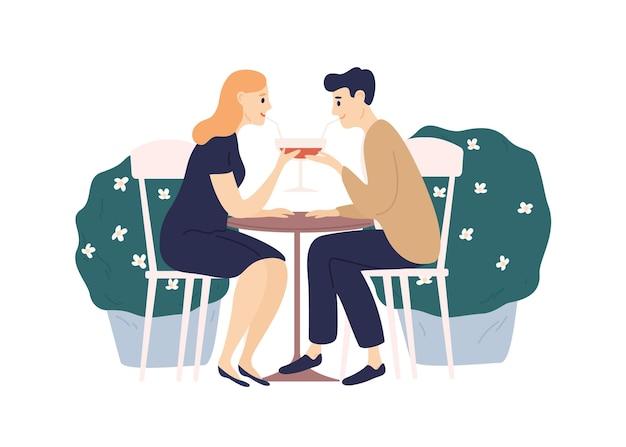 Le coppie felici bevono una bevanda da un bicchiere usando la paglia sedersi al tavolo isolato su bianco. uomo e donna allegri che godono del vino all'illustrazione piana di vettore del caffè della via di estate. persone che hanno un appuntamento romantico.