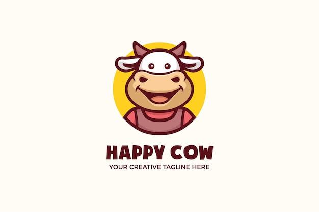 Modello di logo personaggio mascotte fattoria latte mucca felice