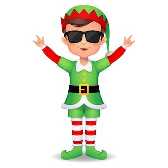 Felice ragazzo carino ragazzo che indossa un abito da elfo vita delinquente