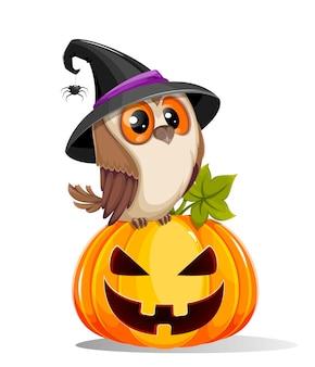 Buon halloween simpatico gufo seduto su zucca jack o lantern con faccia inquietante