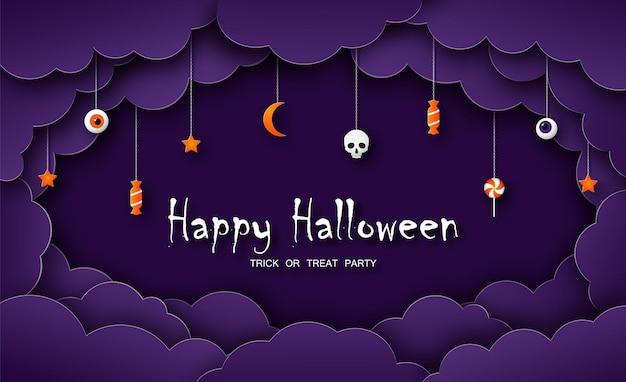 Cartolina d'auguri di halloween felice in stile carta tagliata simboli di halloween su sfondo viola con cielo nuvoloso