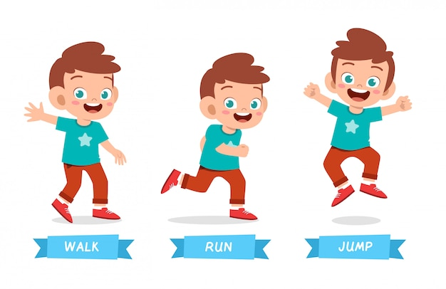 Il ragazzo felice del bambino sveglia il salto della corsa