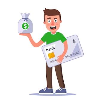 Uomo felice che tiene un sacco di soldi e una carta di credito in plastica nelle sue mani. carattere piatto isolato su sfondo bianco.