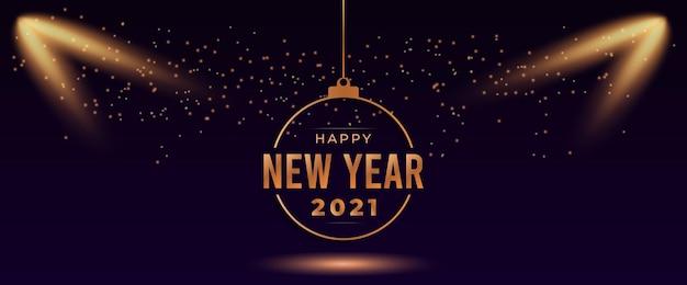 Cartolina d'auguri di felice anno nuovo 2021 con riflettori e luce scintillante