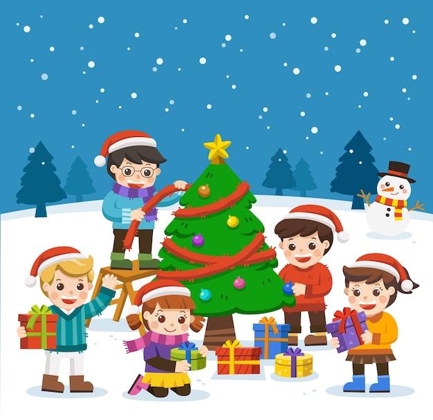 Felice anno nuovo e buon natale con bambini adorabili, pupazzo di neve e albero di natale.