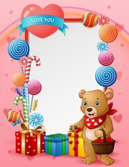Cartolina d'auguri di san valentino felice con una mamma orso