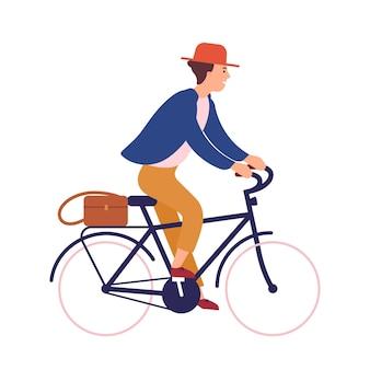 Felice giovane o ragazzo che indossa abiti casual e cappello in bicicletta. personaggio maschile sorridente in bicicletta. ciclista di pedalata isolato su priorità bassa bianca. illustrazione vettoriale in stile cartone animato piatto.