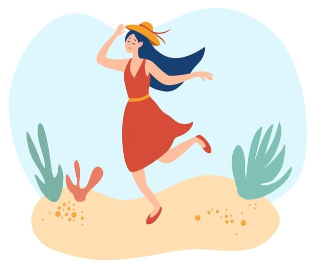 Felice giovane donna che cammina sulla spiaggia. la signora in abito estivo tiene il suo cappello. la donna sorridente felice va all'aperto sul tempo soleggiato di estate. look da vacanza al mare, posa a piedi. illustrazione piana del fumetto