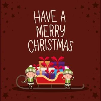 Avere una scritta merry christmas con scatole regalo di diversi colori e un fiocco rosso su una slitta