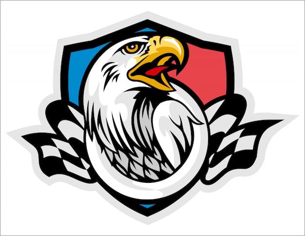 La testa di un'aquila con la mascotte di logo sport bandiera a scacchi