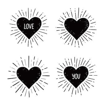 Cuore con amore testo disegnato a mano