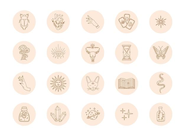 Evidenzia le icone boho, la semplice copertina dorata dei social media, lo stile moderno e alla moda, i simboli magici di astrologia disegnati a mano e gli elementi di design mistico
