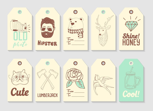 Collezione di tag disegnati a mano di moda hipster. elementi a mano libera stile vintage deer bear lumberjack.