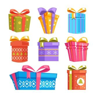 Insieme isolato di contenitori di regalo di festa