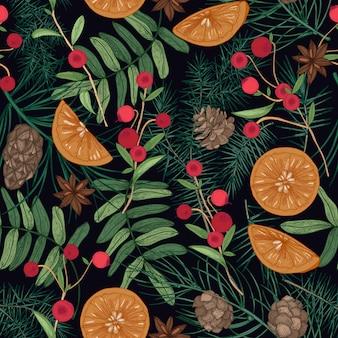Modello senza cuciture di festa con rami di albero di pino e abete rosso, aghi e coni, bacche di sorbo e mirtilli rossi, arance, anice stellato Vettore Premium