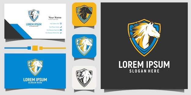 Illustrazione del design del logo dell'emblema del cavallo con lo sfondo del modello di biglietto da visita