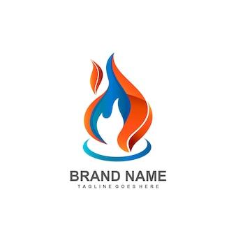 Concetto di design del logo del fuoco caldo