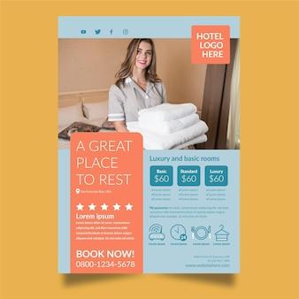Volantino informativo dell'hotel con foto