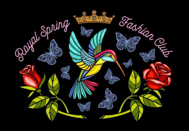 Farfalle di colibrì corona patch di ricamo rose royal club di moda primavera. ali floreali humming bird ricamo di insetti. disegnato a mano