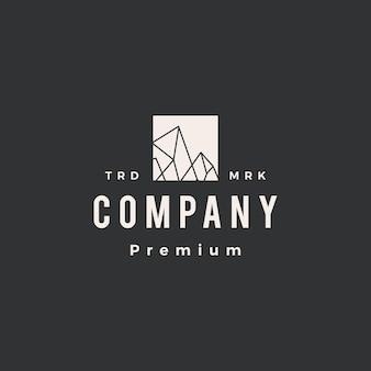 Modello di logo vintage hipster con picco di roccia ghiacciata