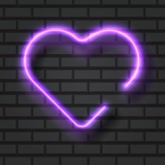 Illuminato fluorescente viola a forma di cuore al neon