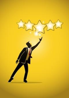 Un'illustrazione di un uomo d'affari che dà cinque stelle d'oro per la valutazione, la qualità e il concetto di business