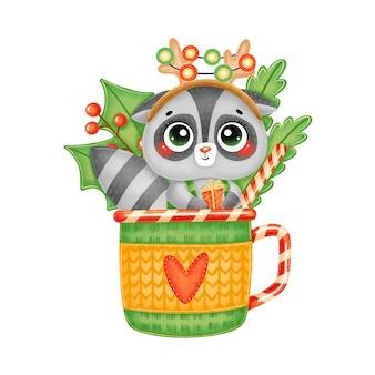 Illustrazione di procione di natale simpatico cartone animato con corna di cervo e regalo in una tazza di tè