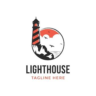 Illustrazione di un logo di design del faro nel pomeriggio