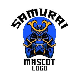 Illustrazione mascotte logo blu samurai con stile cartone animato