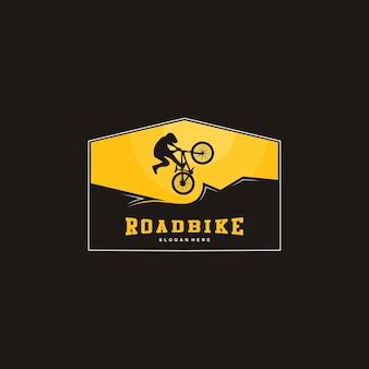 Illustrazione del logo di mountain bike, silhouette di bici
