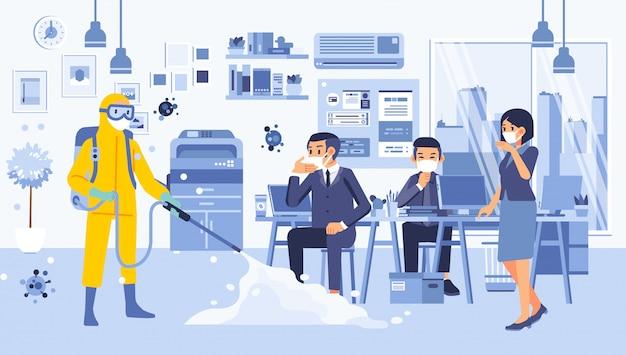 Illustrazione della stanza dell'ufficio spruzzata con disinfettante per uccidere virus e batteri, le persone che indossavano una tuta ignifuga hanno spruzzato il disinfettante