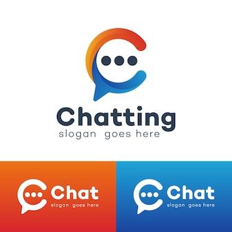 Lettere iniziali c con chat a bolle per chattare con il design del logo del simbolo dei media