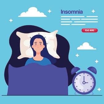 Donna di insonnia sul letto con design dell'orologio, tema del sonno e della notte