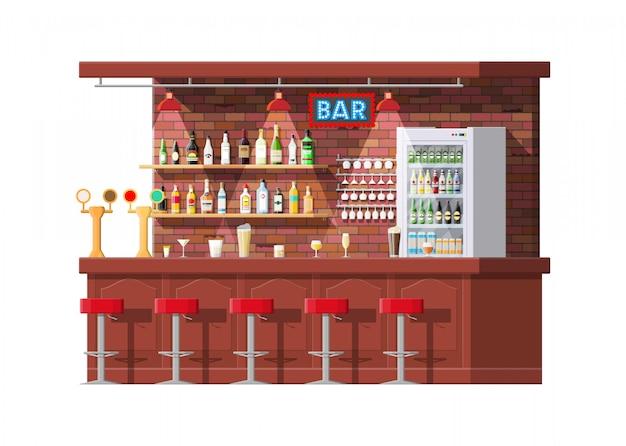 Interno del bancone di pub, caffè o bar