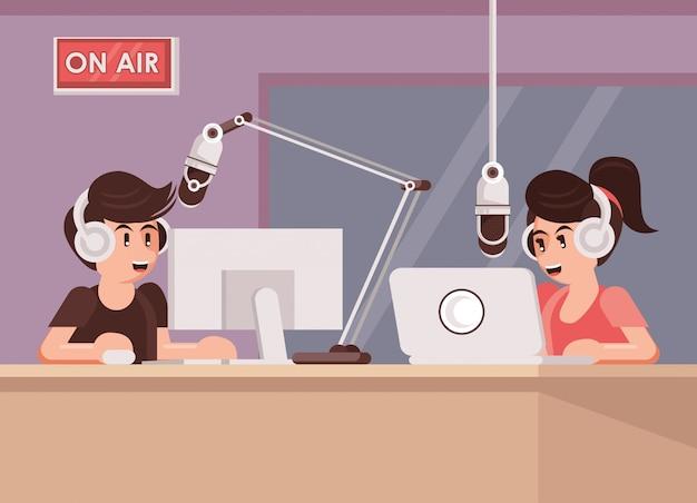 Giornata internazionale della radio con coppia di annunciatori