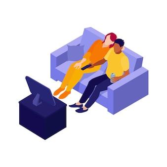 Illustrazione isometrica di una coppia seduta sul divano a guardare la tv