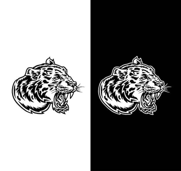 Vista laterale della testa di giaguaro isolata su sfondo scuro e luminoso