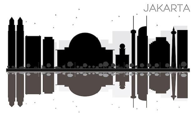 Siluetta in bianco e nero dell'orizzonte della città di giacarta con le riflessioni. illustrazione vettoriale. semplice concetto piatto per presentazione turistica, banner, cartellone o sito web. paesaggio urbano con punti di riferimento.