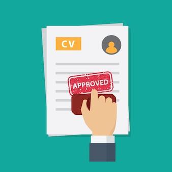 Approvazione della domanda di lavoro, la mano della gente che timbra la parola approvata sulla domanda di lavoro