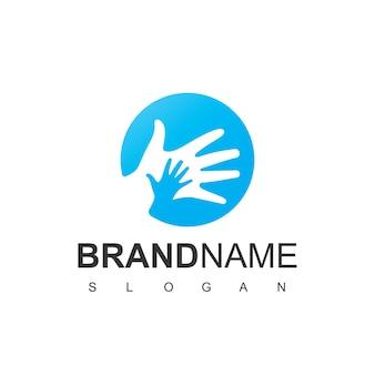 Modello di progettazione del logo per la cura dei bambini