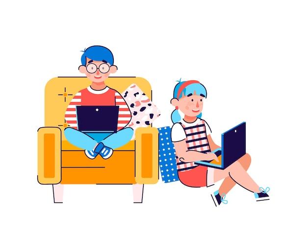 Bambini che usano laptop per l'istruzione