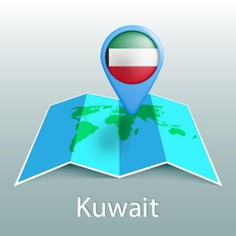 Mappa del mondo di bandiera del kuwait nel pin con il nome del paese su sfondo grigio
