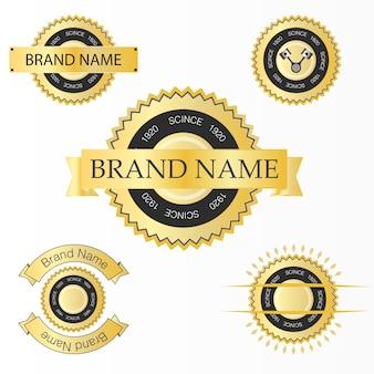 Etichetta impostata con texture oro.
