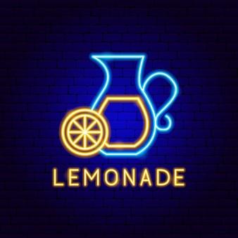 Etichetta al neon di limonata. illustrazione vettoriale di promozione della bevanda.