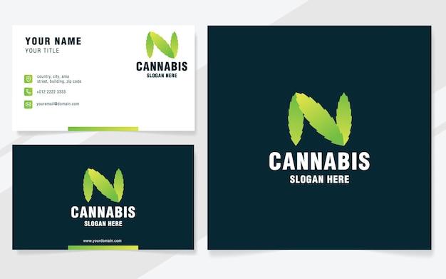 Lettera n con modello logo cannabis in stile moderno
