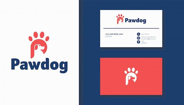 Combinazione logo lettera p e zampa cane. logo design creativo.