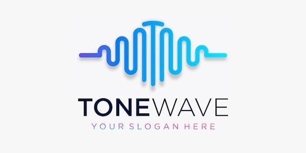 Lettera t con impulso. elemento tono. logo modello musica elettronica, equalizzatore, negozio, musica per dj, discoteca, discoteca. concetto di logo audio wave, tecnologia multimediale a tema, forma astratta.